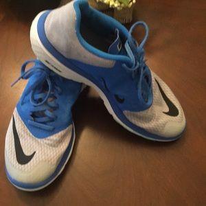 Nike FS Lite Run 3 Running Shoes